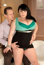 Sara Acquires Screwed In The Models' Dressing Room