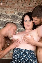Sarah Jane Gets Glad With 2 Studs