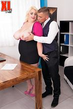 Kiki Rainbow Receives Drilled By Her Attorney